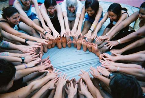 Megicom Yongma find circles sisterhood