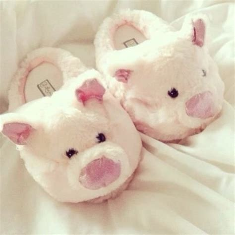 cute house shoes shoes slippers cute piggy furry comfy white pink pig wheretoget