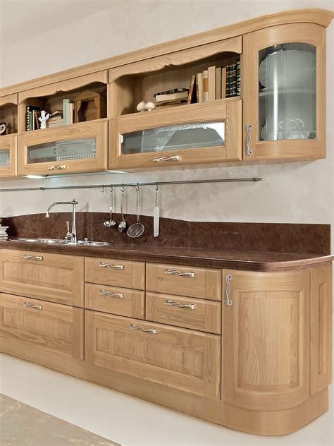 cuisine 駲uip馥 en bois cuisine en bois by cucine lube