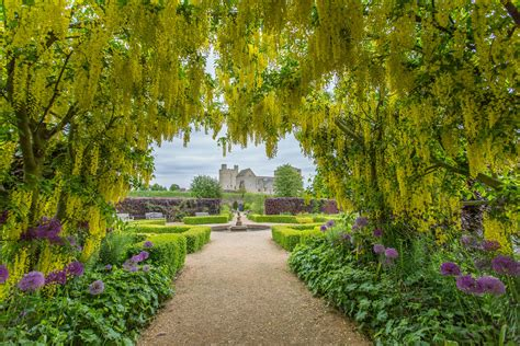 picture of a garden helmsley walled garden attraction helmsley north