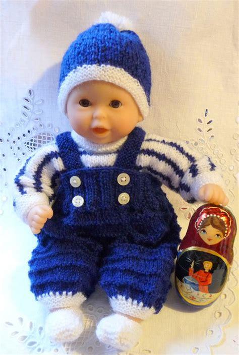 Modele Tricot Pour Poupon 30 Cm tricots pour poupon 30 cm le petit carnet de maxence