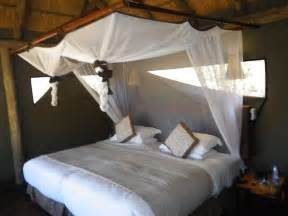 mosquito in bedroom 1000 ideas about mosquito net on pinterest magnetic