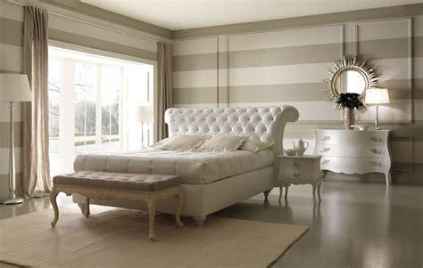letto in pelle con contenitore comodo letto in stile classico con box contenitore