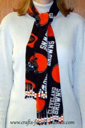 sew fleece scarf
