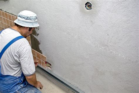 Installing Wall Tile How To Install Wall Tile Howtospecialist How To Build Step By Step Diy Plans