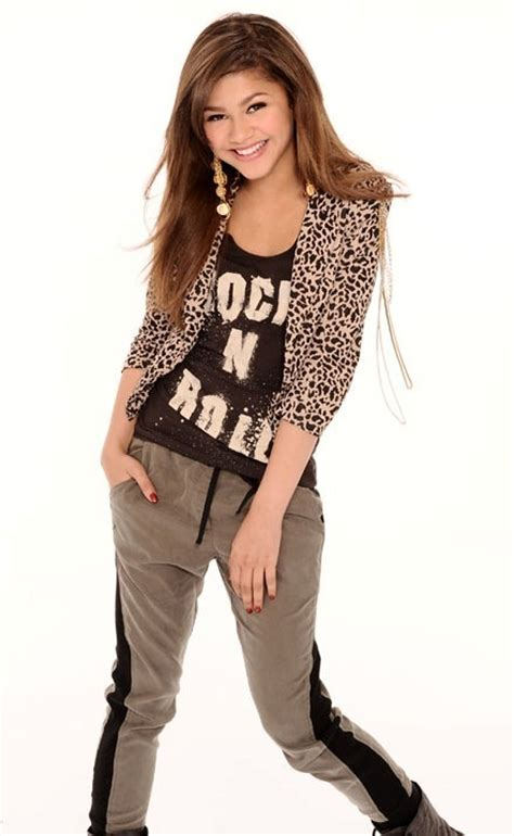 Hoodie Swag It Out zendaya and thorne images zendaya smile wallpaper