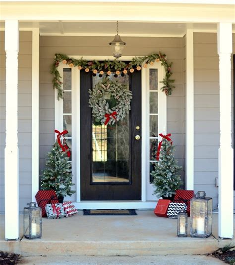 christmas decorating outdoor columns farmhouse front porch with hdcholidayhomes tour