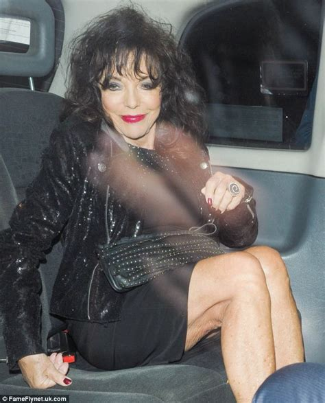 joan collins hot foto joan collins still legs it round the world at 81 daily