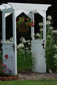 Repurposed Doors In The Garden Old Doors Gt Arbor Recyclart