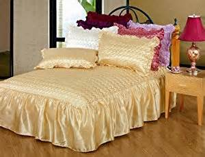 Single Bed Quilted Bedspreads Single Size Rubey Luxury Quilted Satin Bedspread 1