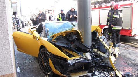 Crashes Lamborghini Lamborghini Crash Www Pixshark Images Galleries