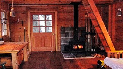 inside a small log cabins small log cabin homes plans inside a small log cabins small rustic cabin interior