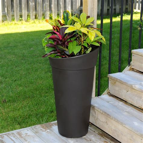 creston tall planter in outdoor planters