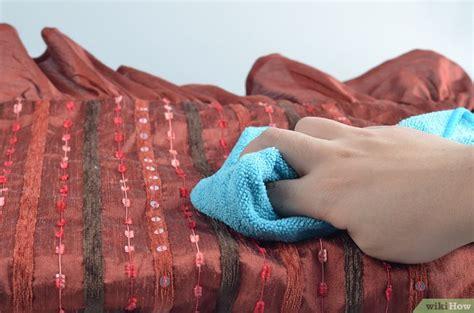 remove blood from couch getrocknete blutflecken aus der couch entfernen wikihow