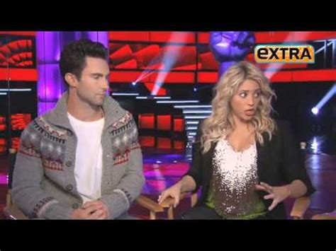 Shakina Syar I Marun 5 shakira interviewed with adam levine from maroon 5 for the voice promos