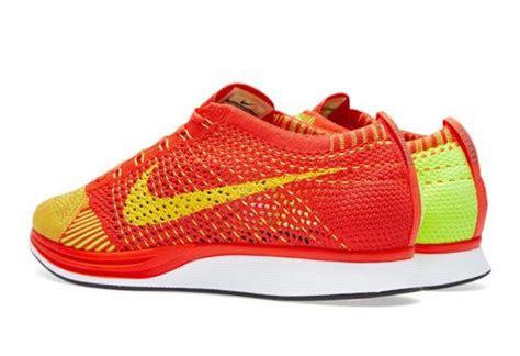 Sepatu Nike Flyknit Racer Bright Crimson Volt Orange 1 nike flyknit racer bright crimson volt freshness mag