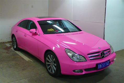 pink mercedes the doll drives a pink mercedes mercedesblog