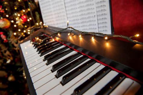 top  christmas songs   play  piano    home