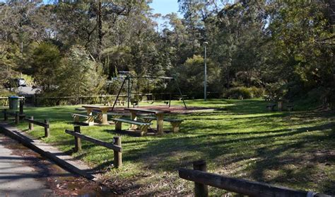 parks with picnic tables near me gordon falls lookout and picnic area nsw national parks