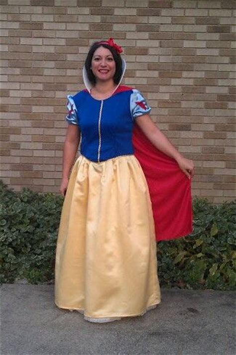 Handmade Snow White Costume - my snow white costume sewing projects