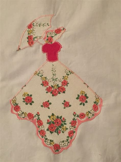 Handkerchief Quilt Pattern by Deerecountry Quilts Pattern For Sunbonnet Sue Hankie