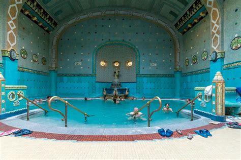 bagni gellert budapest balneario gell 233 rt entrada colas con masaje budapest