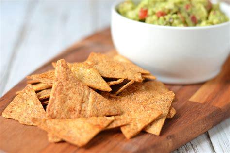 Zelf Gezonde Tortillachips Maken van Wraps - HealthiNut Guacamole And Tortilla Chips Healthy