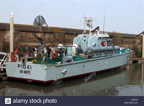 fast patrol boats ww2 hms gay archer p1041 gay class fast patrol boat motor