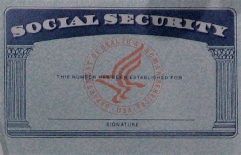 Social Security Records 2015 Say What Social Security Data Says 6 5m Reach Age 112 Wyxl Hd2 96 7 The Vine