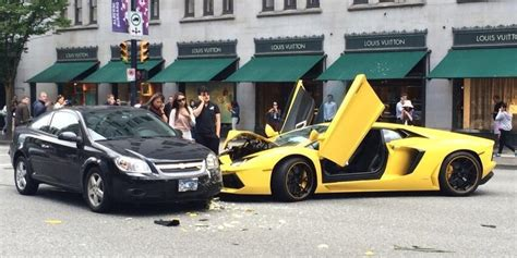 lamborghini crash ouch lamborghini crashes in downtown vancouver