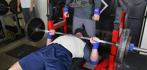 brodrick bunkley bench press shane carwin bench press 28 images edinburgh