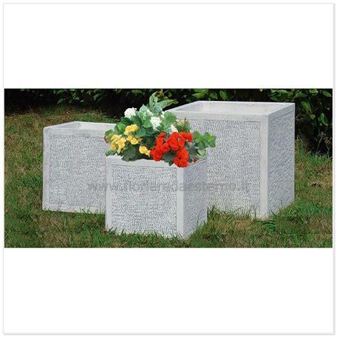 fioriere in resina per esterno fioriere cemento cubo 5979313 martellinate fioriere da