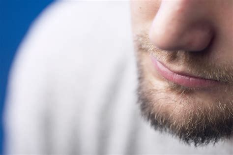 products to hid transplsnt scare using facial hair transplants to cover scarring barr