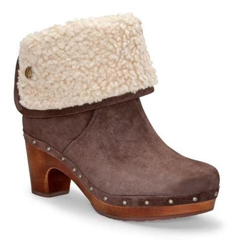 winter clogs for we this cozy winter clogs chatelaine