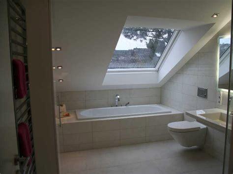 dachschräge badewanne badewanne unter dachschrage die neuesten