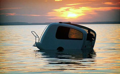 pt boat ramones it s a boat it s a cer it s a trailer it floats it
