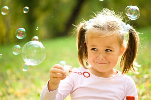 backyard bubble 5 creative backyard summer activities for kids zing blog