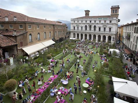 i giardini bergamo e piazza vecchia torna ad essere un giardino bergamosera