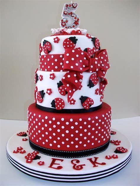 Playful and Sweet Polka Dot Cakes
