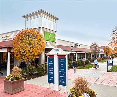 Wrentham Outlets Gift Card - do business at wrentham village premium outlets 174 a simon property