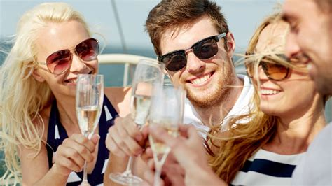 club de soltero hombre vacaciones para singles los mejores sitios para viajar