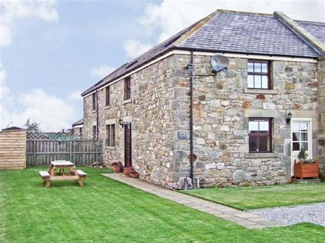 Cottages To Rent In Berwick Upon Tweed by Cottages Bamburgh Sea Mitula Property