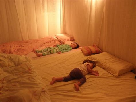 Best Way To Sleep On The Floor by 17 Best Ideas About Family Bed On Sleepover