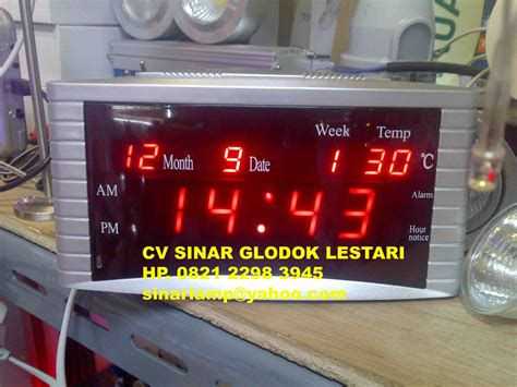Clock Jam digital clock atau jam digital