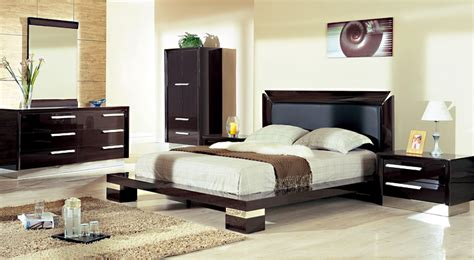 clutter free bedroom 5 mistakes to avoid as per vaastu shastra for house the