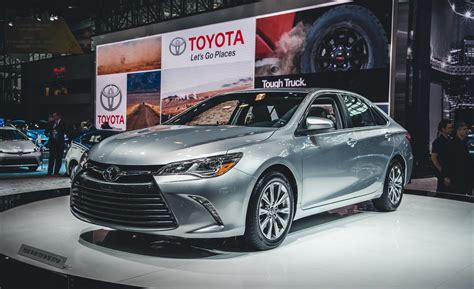 Toyota Camry Xle 2015 Car And Driver
