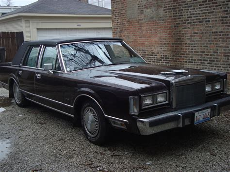 how do i learn about cars 1988 lincoln continental mark vii instrument cluster boricua220 1988 lincoln town car specs photos modification info at cardomain