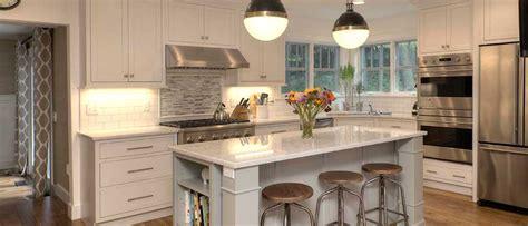 fieldstone kitchen cabinets fieldstone wayburg maple kitchen cabinet mission style