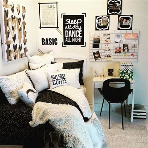 black and white teenage bedroom ten black and white bedroom for teen girls decor advisor