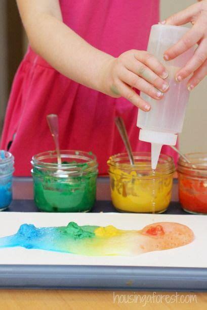 Kitchen Experiments With Vinegar Vinegar Baking Soda Fizzing Paint Experiment Preschool